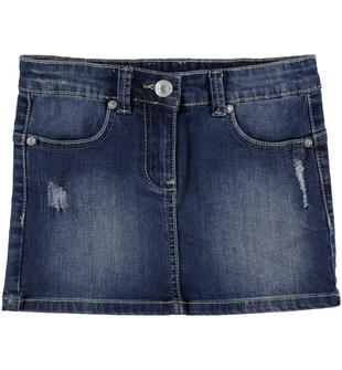 Minigonna di jeans elasticizzato arricchita da sabbiature e scalfitture sarabanda STONE WASHED-7450