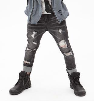 Jeans delavato, strappato e rattoppato con cavallo calato sarabanda NERO-7990