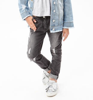 Jeans slim fit arricchito da sabbiature e scalfitture superficiali sarabanda NERO-7990