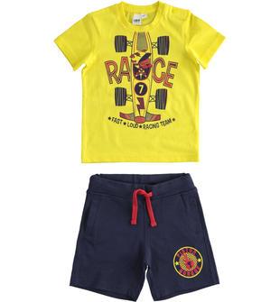 Pratico completo t-shirt e pantalone corto 100% cotone ido GIALLO-BLU-8017