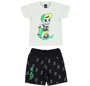 Completo t-shirt e pantalone corto con simpatico teschio ido BIANCO-NERO-8057