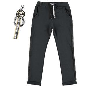 Pantalone modello cavallo basso con portachiavi  NERO-0658